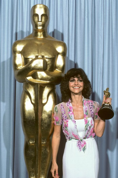 10 Sally Field Oscar 1