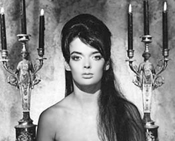 4 Barbara Steele L'armata Brancaleone