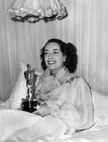 7 Joan Crawford – Il romanzo di Mildred 1946