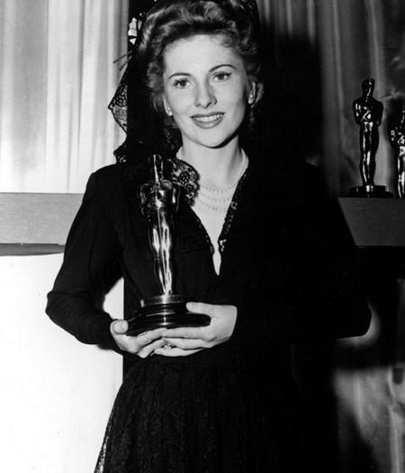 7 Joan Fontaine – Il sospetto 1942