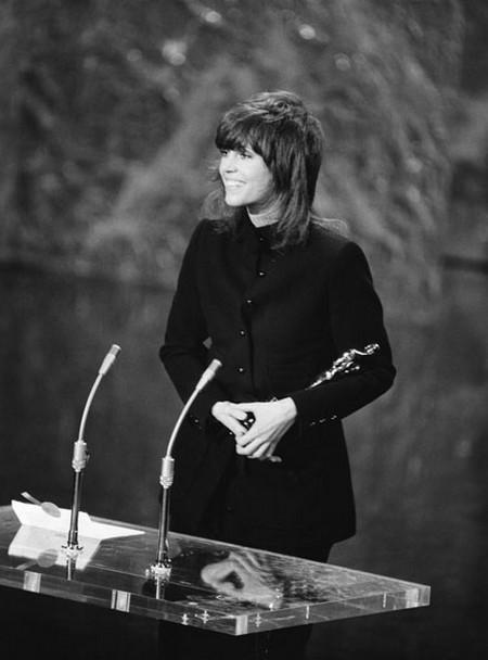 8 Jane Fonda Una squillo per l'Ispettore Klute 1972