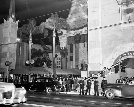 Oscar Story-2 Location Grauman's Chinese Theatre