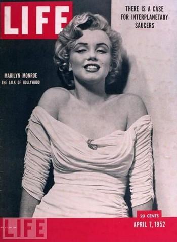 02 Marilyn Monroe magazine 8
