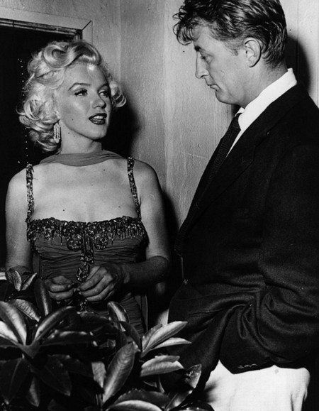 3 Marilyn Monroe e Mitchum