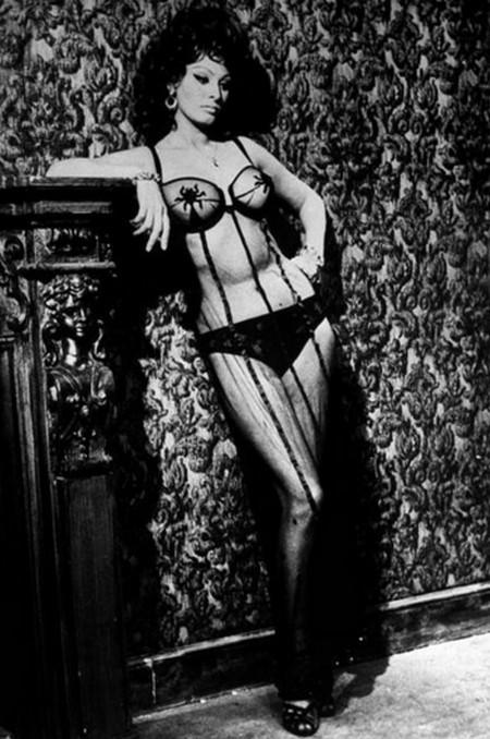 3 Sofia Loren Matrimonio all'italiana