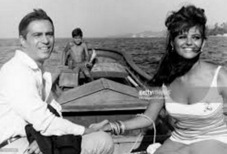 4 Nino Manfredi con Claudia Cardinale