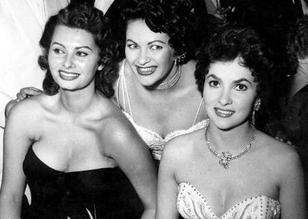 7 Memorabilia 16 Sophia Loren, Yvonne de Carlo, e Gina Lollobrigida