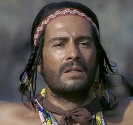 3-3 Nino Manfredi Riusciranno i nostri eroi a ritrovare l'amico misteriosamente scomparso in Africa