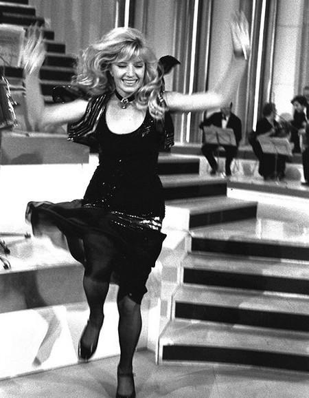 Monica Vitti tv Canzonissima 1971