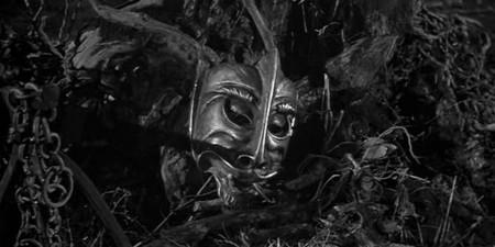 1-1 La maschera del demonio