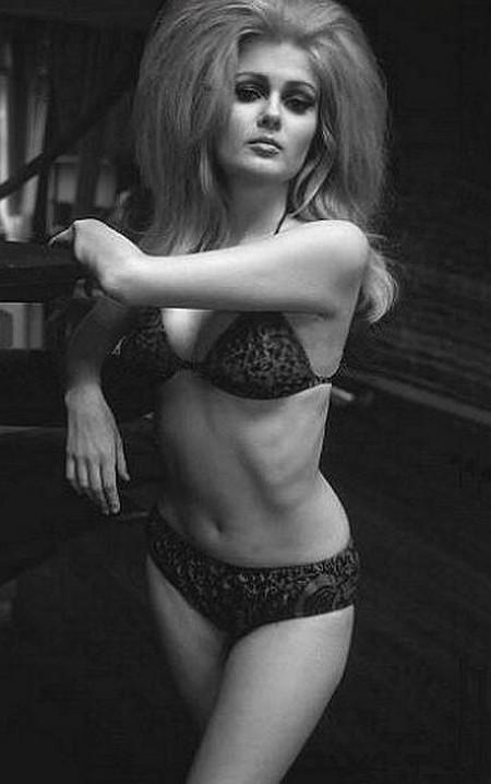 Pamela Tiffin Photobook 7