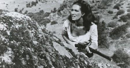 Helga Linè Caccia ai violenti