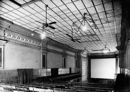 Sala Cine Iris Piacenza
