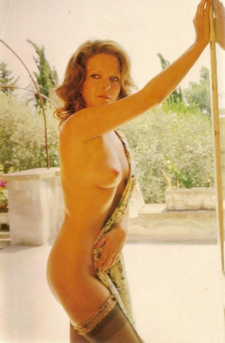 Lisa Gastoni Photobook 10