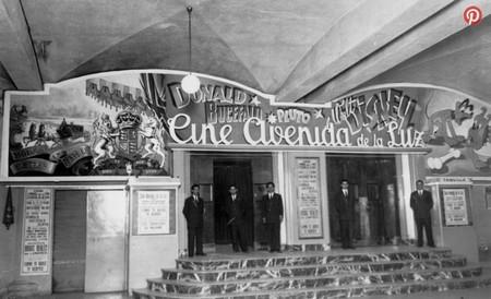 Cinema Cine Avenida de la Luz Barcellona