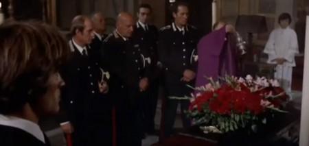 il-poliziotto-e-marcio-17