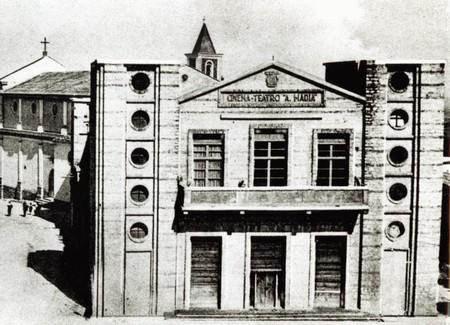 cine-teatro-aurora-petilia-roma