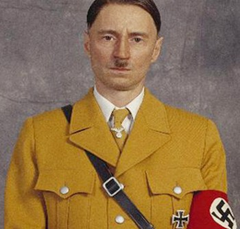 5-10-robert-carlyle-il-giovane-hitler