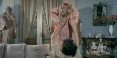 1-11-la-signora-ha-dormito-nuda-con-il-suo-assassino